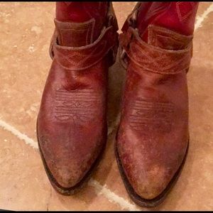 Frye distressed leather red/brown boots
